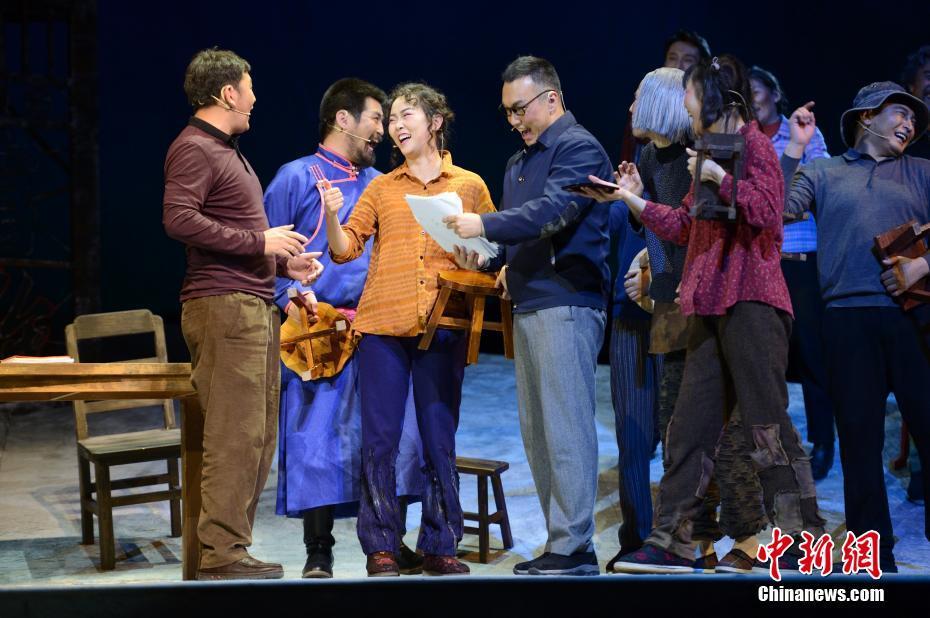 内蒙古乌兰恰特大剧院恢复演出