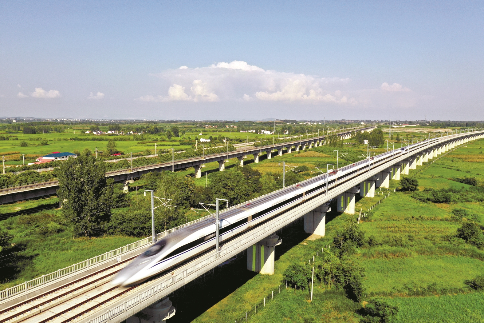 今起枣阳有了始发高铁到北京 国内县级市中第一个全程最快约7小时