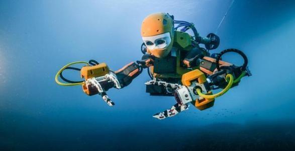 90后青年创客    研发出多功能水下机器人
