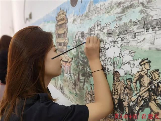 感恩!三名准大学生合绘5米《蒙羊千里长驱图》,计划赠给蒙古国