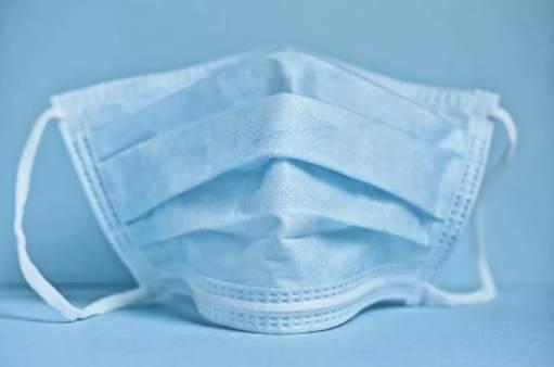 法国确诊病例超20万例 巴黎正式推行户外强制戴口罩