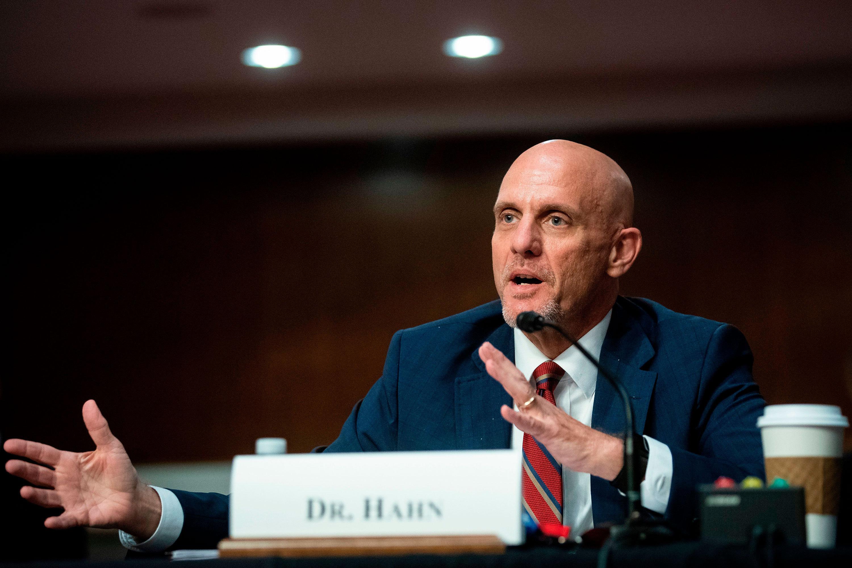 特朗普攻击美国食药监局:有人故意拖延疫苗试验