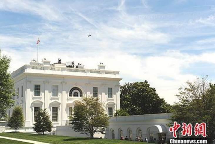 白宫开始强制要求随机新冠病毒测试