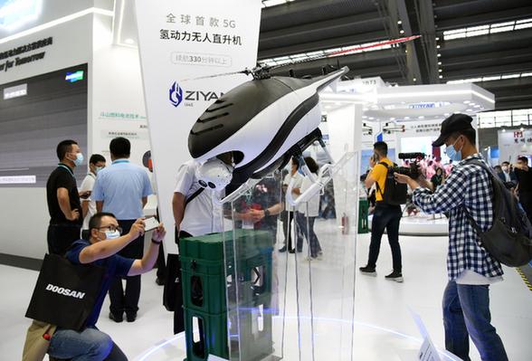 千余架无人机亮相2020世界无人机大会