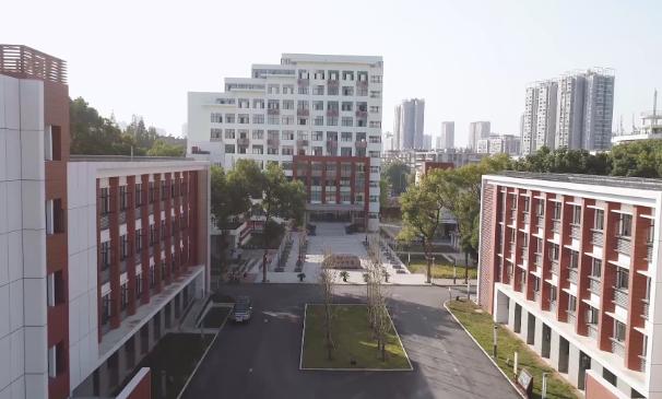 开启人生新征程!欢迎加入湖北科技职业学院(微视频)