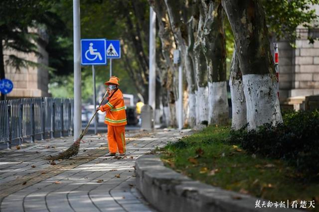 汉阳城管开展十大市容环境提升行动,扮靓知音故里,恭迎八方来客