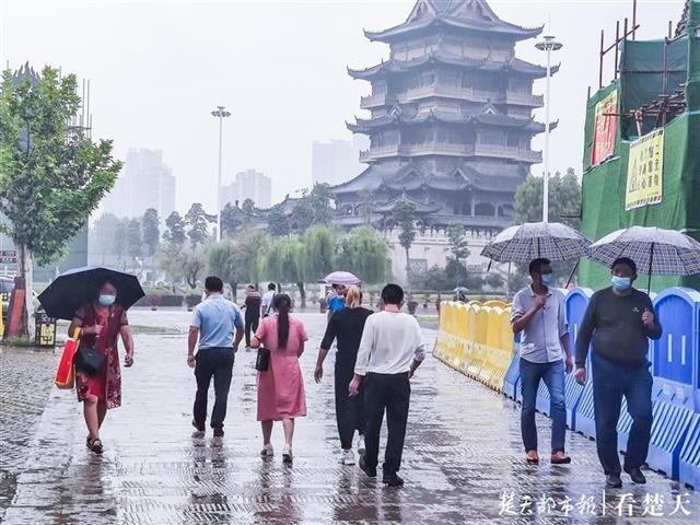 武汉归元寺什么时候恢复开放 雨中迎来首批游客