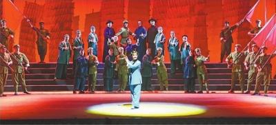 """这部大型现代汉剧亮相中华戏曲艺术节闭幕式 —— 《黎明》唱响历史上的""""武汉保卫战"""""""