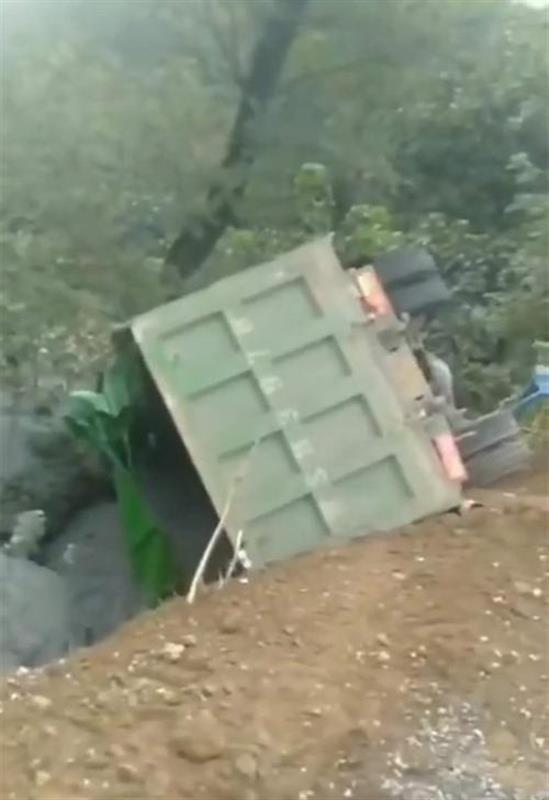 河南商城8死11伤惨剧,因村民路边哄抢蒜瓣引发?死者家属:并未抢蒜