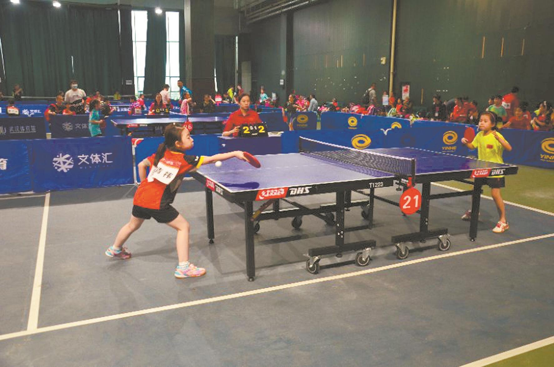 小球员们在武汉参加选拔赛 通讯员刘笑 摄