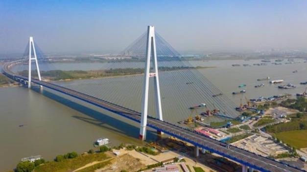 武汉青山长江大桥全面完工,静待验收