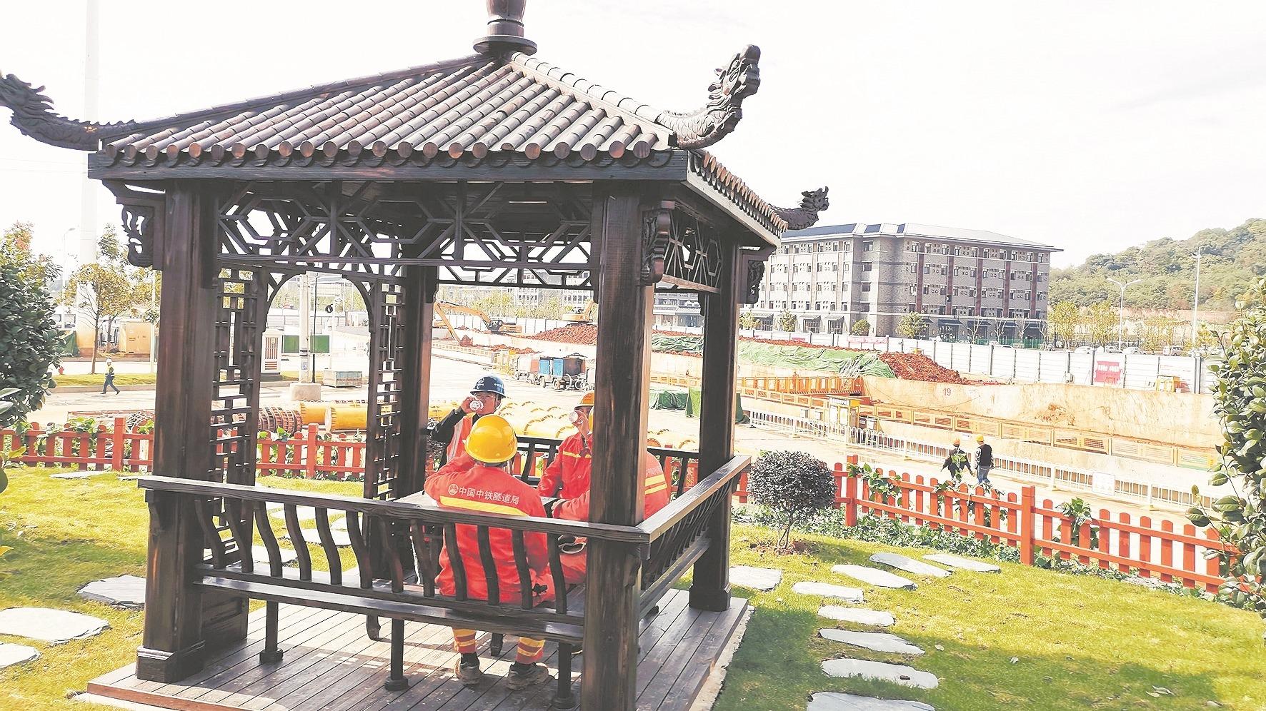 地铁前川线  工地如花园