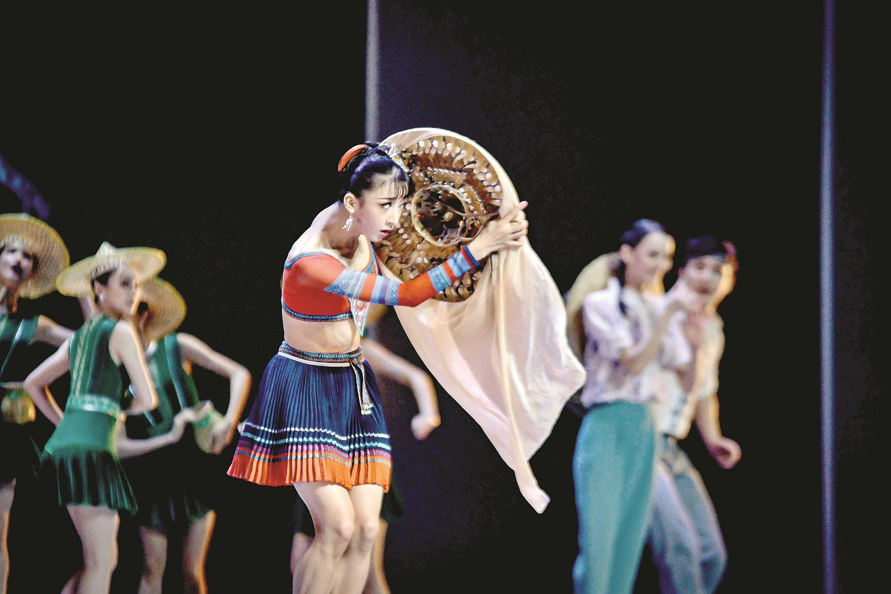 今年首个国字号院团巡演江城