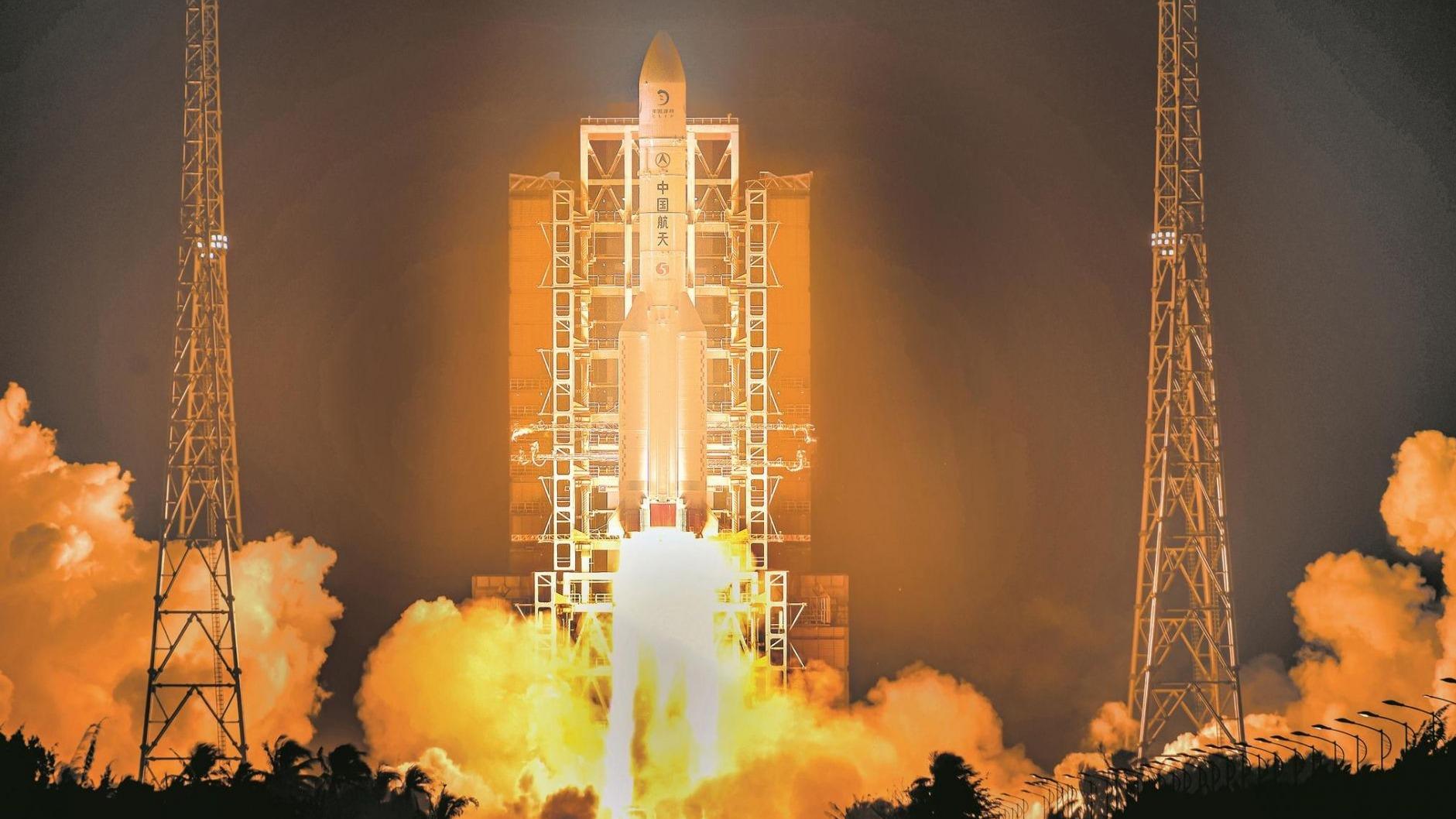 嫦娥五号飞天 开启探月之旅