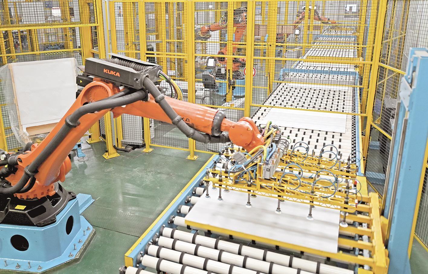0.18毫米电子玻璃在宜昌达标量产
