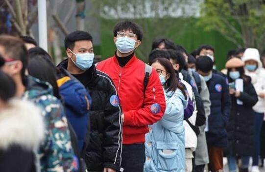 """""""就""""在武汉赢未来!230多家名企供岗超过1.2万个"""