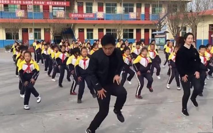 課間操時間大跳鬼步舞? 專家:可彌補學生活動強度不足