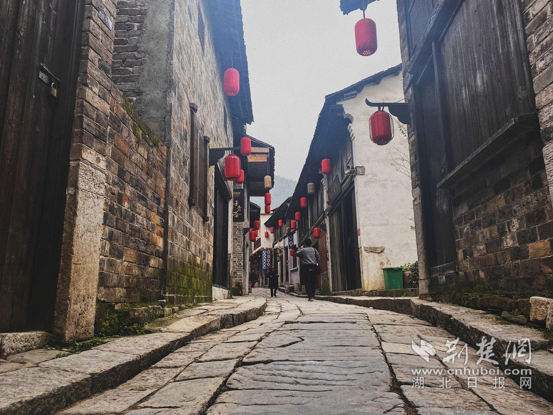【决胜之年看湖北·咸宁行】赤壁青砖茶从历史飘香未来