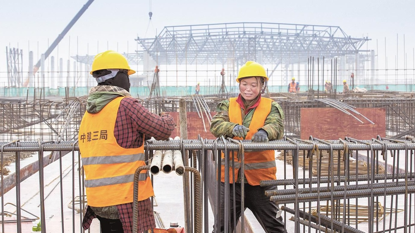 5000名建设者昼夜鏖战鄂州机场