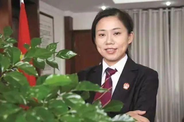 又一全国荣誉!荆州区法院张艳丽获最高人民法院表彰
