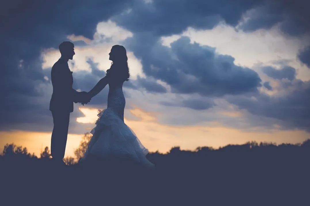 婚姻最好的状态,和有趣的人在一起
