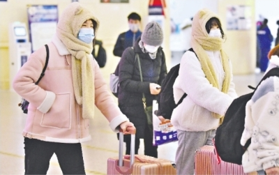 武漢高校錯峰放寒假 大學生安全有序離校