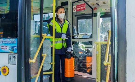 武漢公交抓好車輛消殺不放松