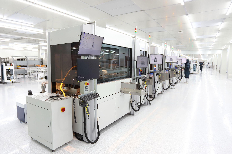 武汉研发出新能源汽车核心芯片 性能比肩国外同类产品
