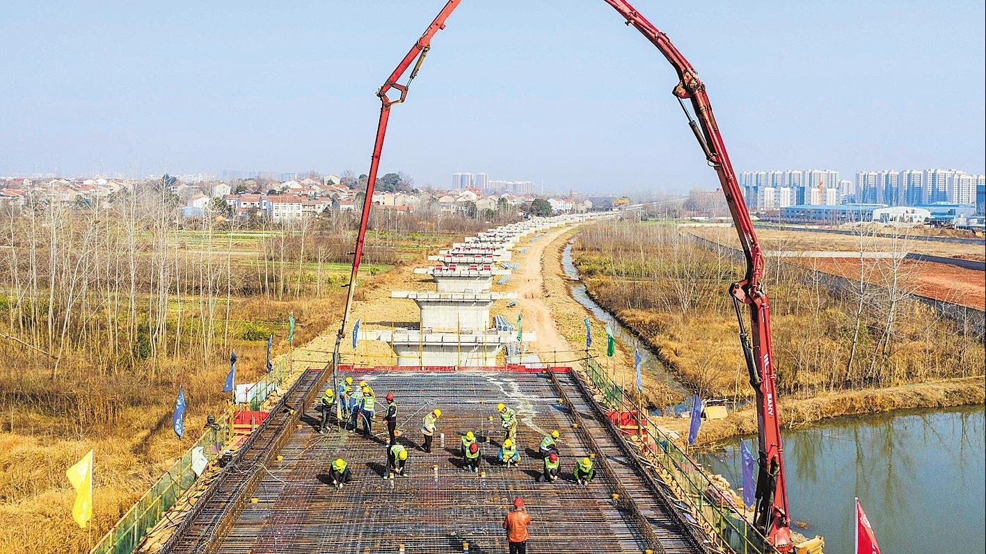江北铁路倒水河特大桥最后一座连续梁浇筑完成