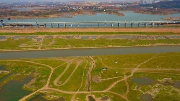 武汉:府河滩上的冬色
