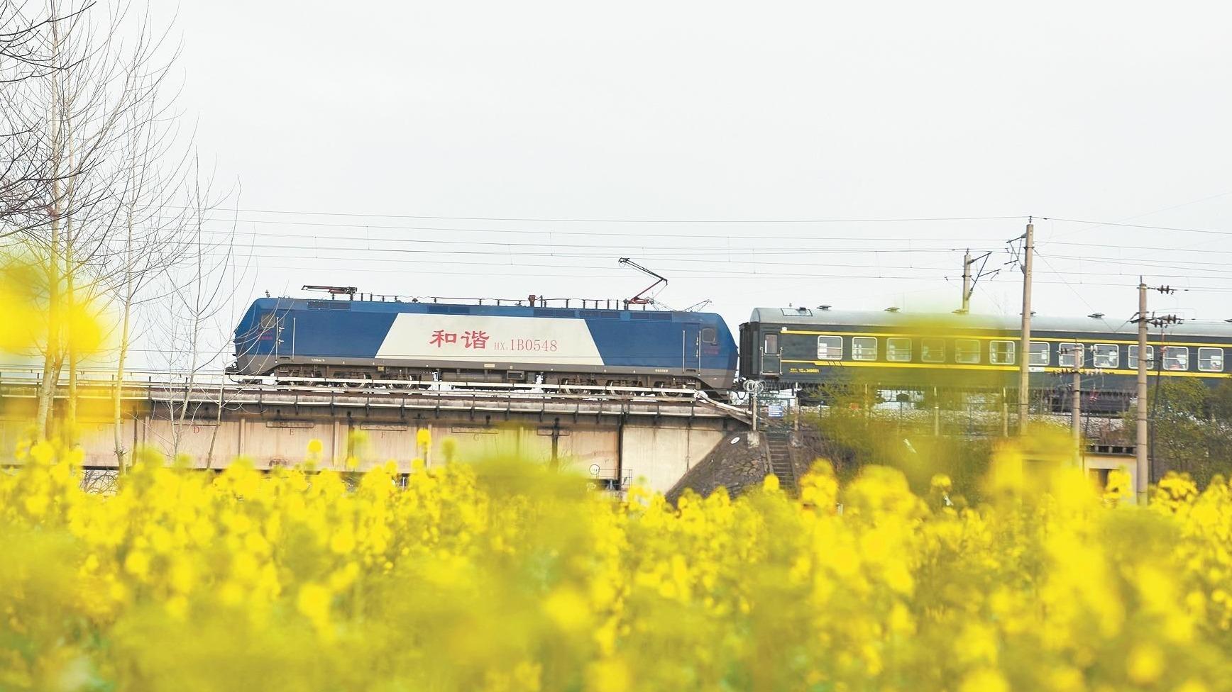 40天春运平安落幕 武铁发送旅客1085万人次