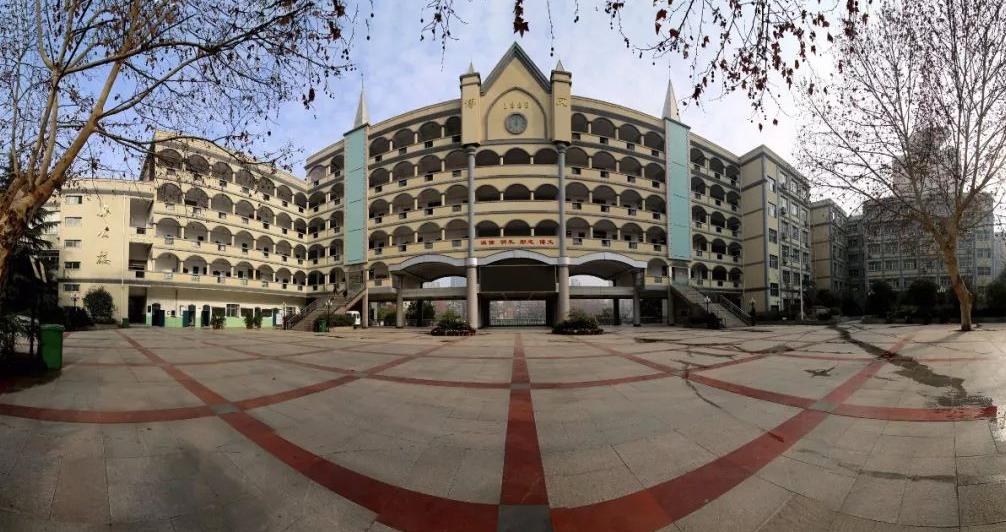 我和我的学校|武汉市第十五中学党总支书记胡明:立德树人【57期】