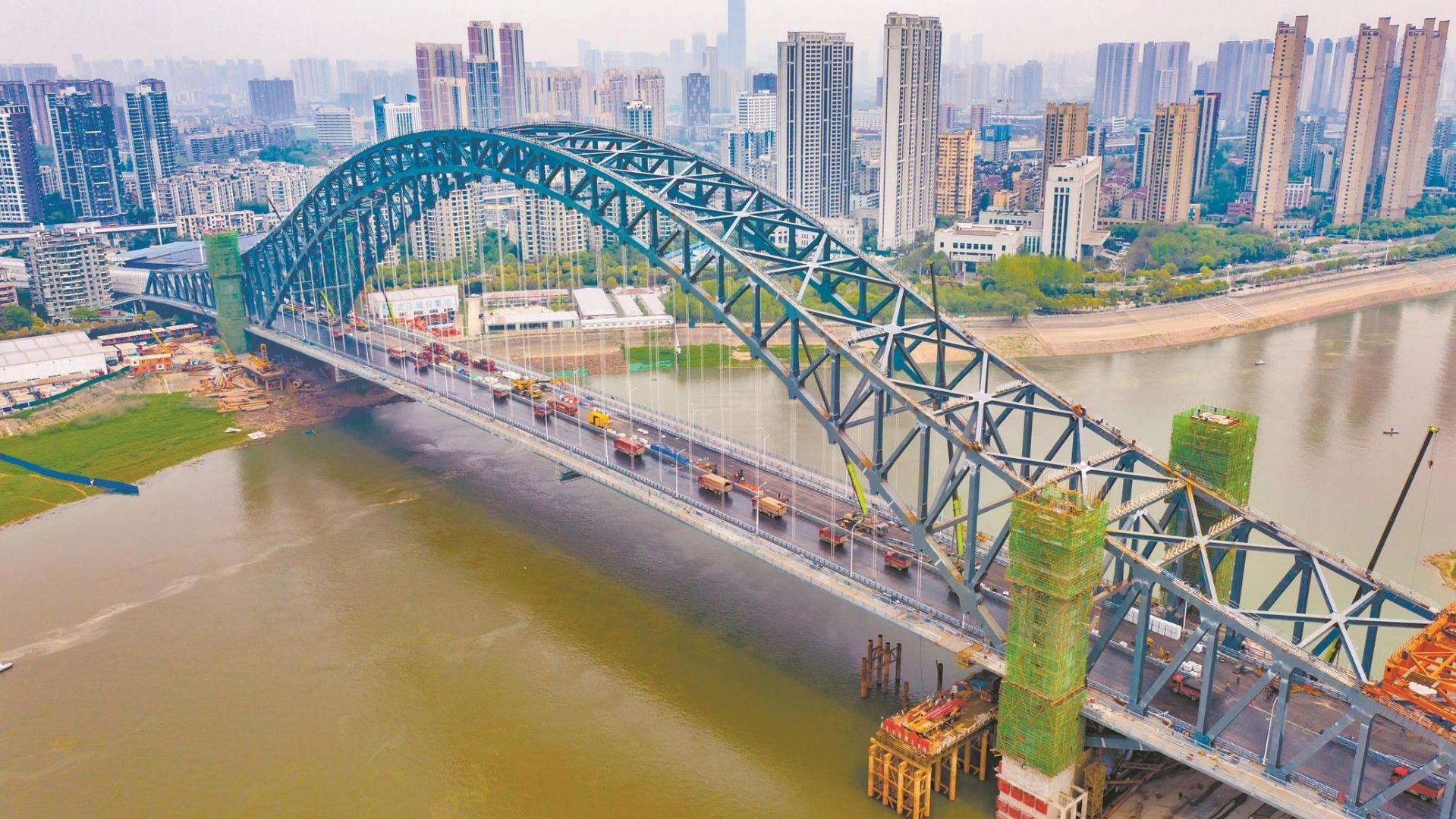 武汉汉江湾桥向通车冲刺啦