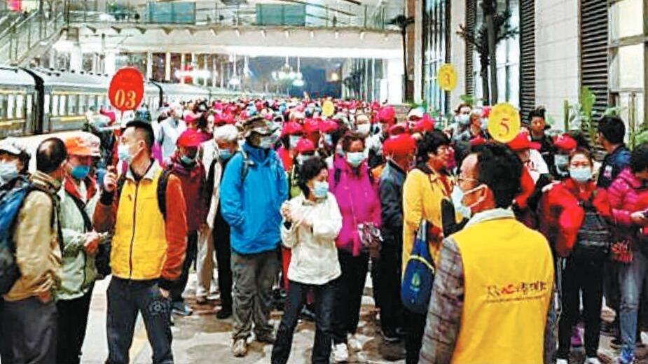 首趟省外千人旅游专列引客入汉