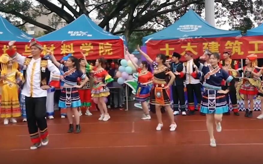 三月三在即 广西学生都在抓紧练山歌