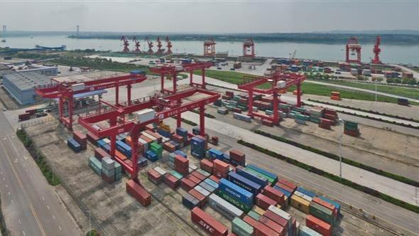 宜昌港口货物吞吐量大幅增加