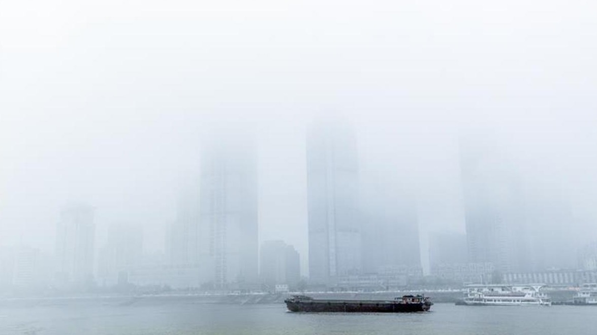 雾锁楼台,江城细雨蒙蒙