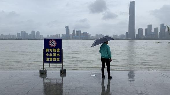 长江汉口站水位已超历史同期最高水位