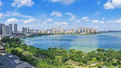 武汉南湖花溪公园成为市民新打卡地
