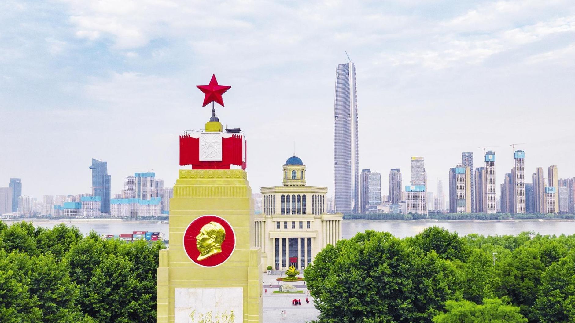 武漢防汛紀念碑修葺一新