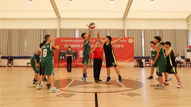 江夏14所學校成為首批籃球青訓基地學校