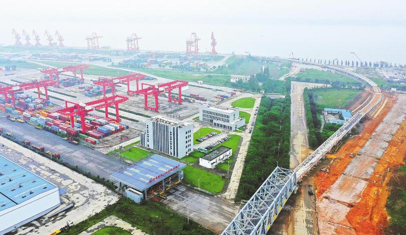 三峽樞紐白洋港主體工程完工
