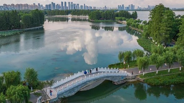 东湖风景美如画