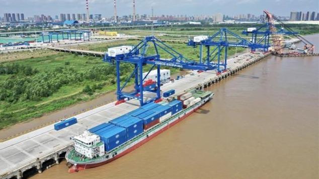 阳逻国际港水铁联运二期项目开港在即