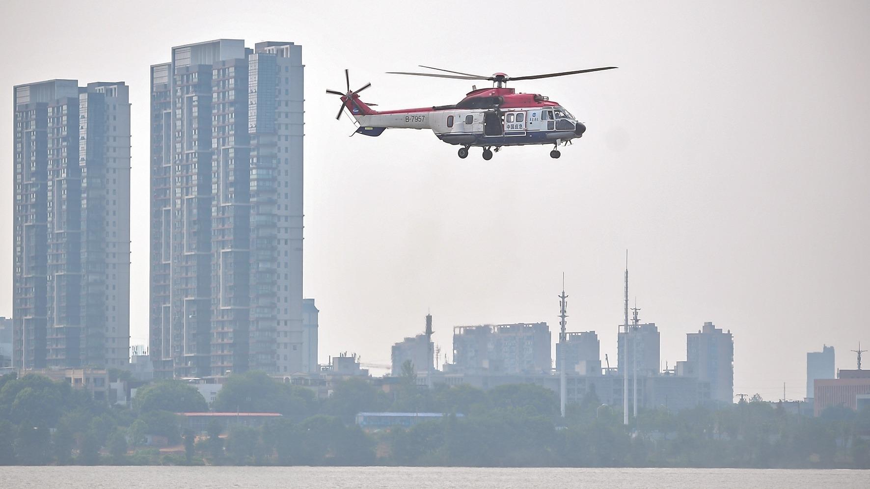 直击湖北直升机救生培训水上实训