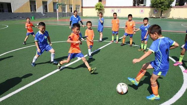 大學生暑期推動足球啟蒙進校園