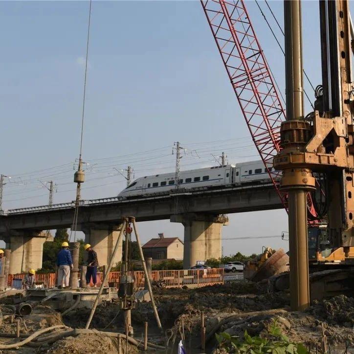 荆荆铁路荆州境内最新进展来了