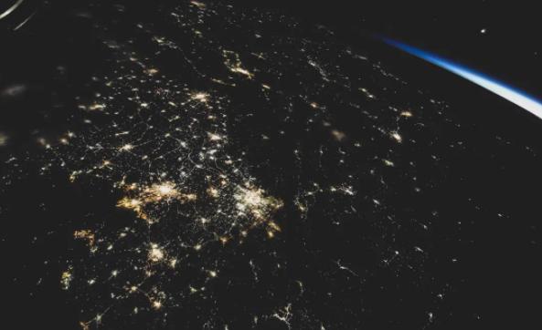 看航天员眼中祖国的
