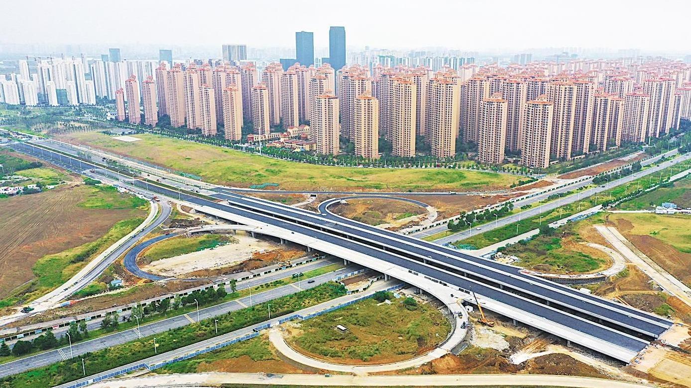 襄阳东津互通式立交桥主体完工