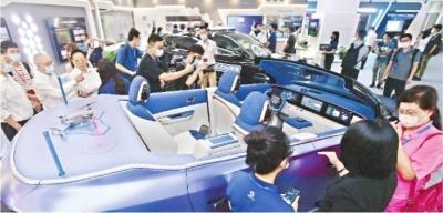 东风自动驾驶领航二期启动 市民可体验自动驾驶出租